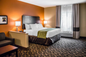 comfort suites bluffton south carolina hotel discount guest room