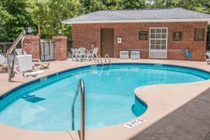 comfort suites bluffton south carolina hotel discount pool